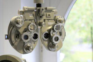 appareil opthalmologiste pour un bilan visuel